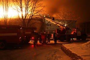 Растет число жертв пожара на донецкой табачной фабрике (фото, видео), фото-2