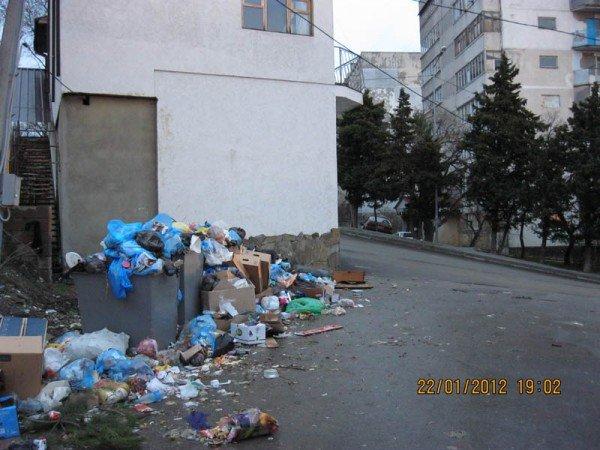 «Мусорный головняк»: Мэра Алупки заранее предупреждали о чрезвычайном положении, фото-1