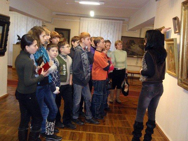 Искусством Донецкого края можно полюбоваться в Горловском художественном музее, фото-1