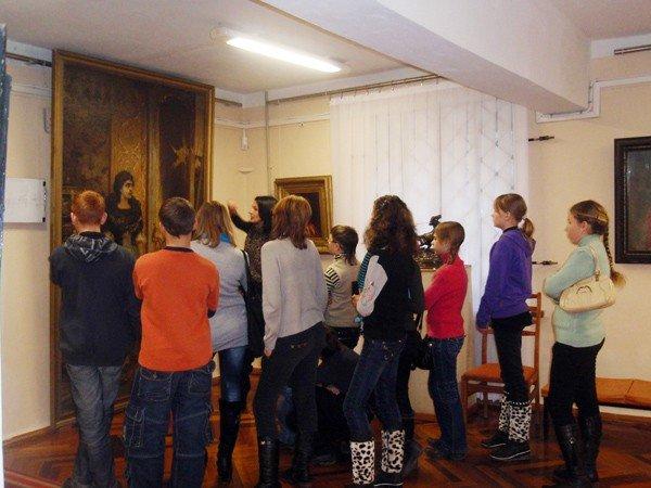 Искусством Донецкого края можно полюбоваться в Горловском художественном музее, фото-2