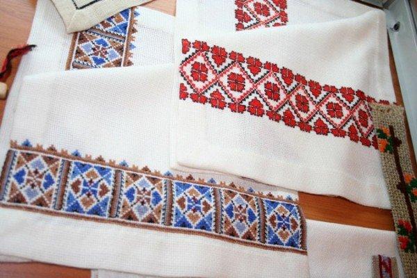 В Симферополе открылась выставка учеников знаменитой крымской вышивальщицы (фото), фото-4