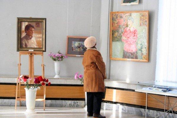 В Симферополе открылась выставка памяти Рудольфа Подуфалого (фото), фото-12