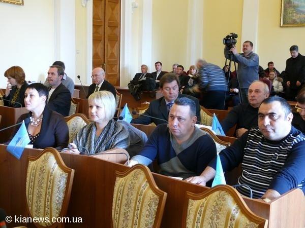 В Ялте медики устроили пикет, а депутаты отменили реорганизацию Алупкинской больницы (ФОТО), фото-5