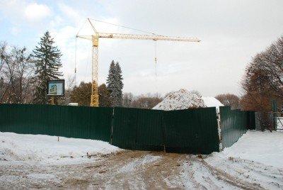 У Львові у парку Б. Хмельницького без дозволу ведеться будівництво, фото-1