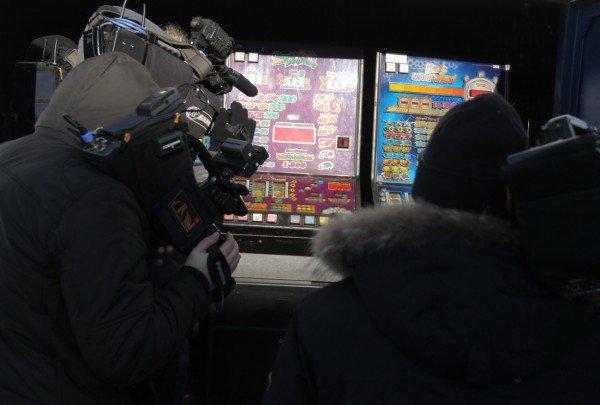 В Донецкой области за год милиция изъяла две тысячи игровых автоматов (фото), фото-4