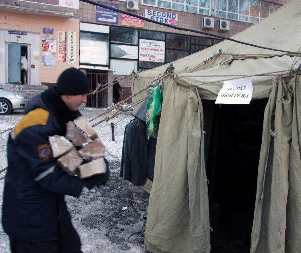 Бездомные вынужденно превращают автовокзал в центре Донецка в «отхожее место» - там нет ни одного бесплатного туалета (фото), фото-5