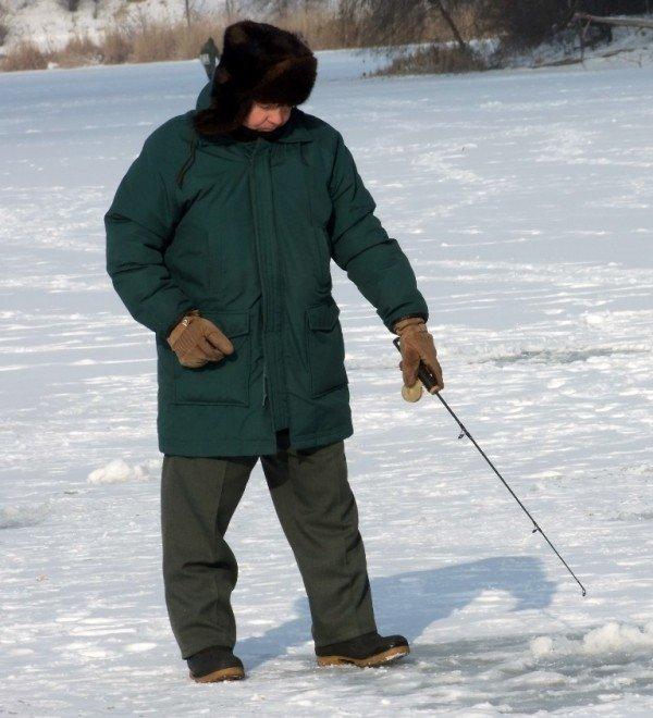 На донецкие водоемы вышли любители зимней рыбалки (фото), фото-5