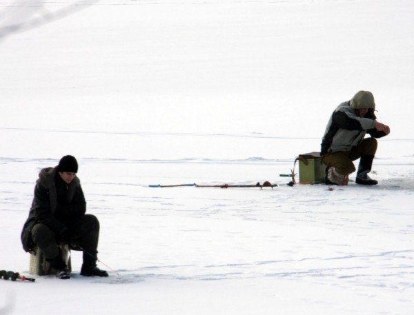 На донецкие водоемы вышли любители зимней рыбалки (фото), фото-6