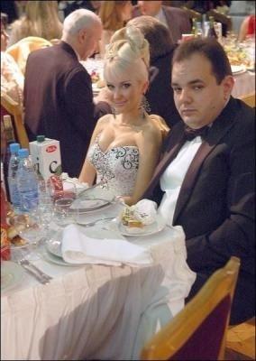 Кандидата в депутаты-мажоритарщики от Одесской области обвинили в подкупе избирателей, фото-1