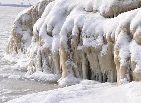 В Крыму на море замерзают волны (ФОТО), фото-1
