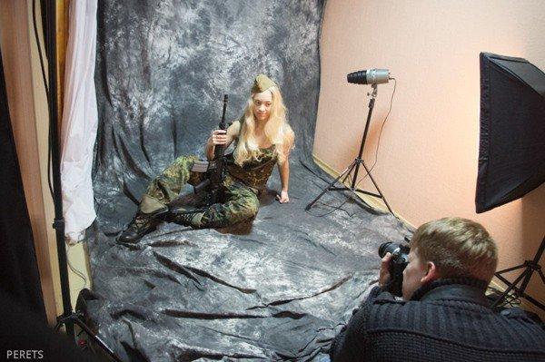 Military Girl активно готовятся к сражению за подарок для любимого, фото-2