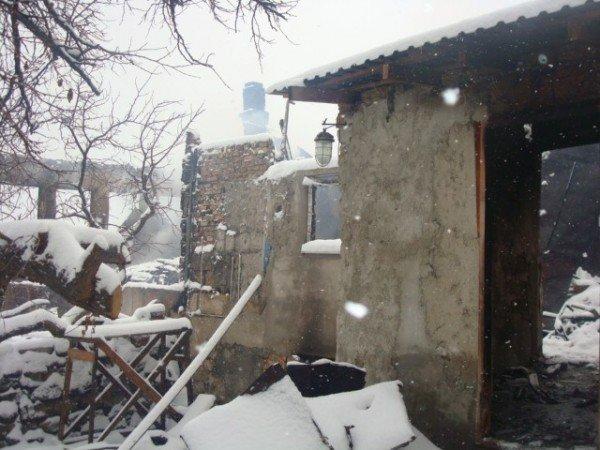 20 жителей эвакуировали во время пожара в Ялте (ФОТО), фото-2