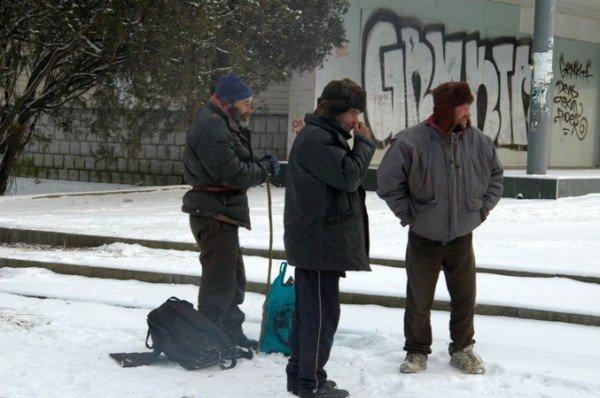 В центре Симферополя устанавливают пункт обогрева (фото), фото-3