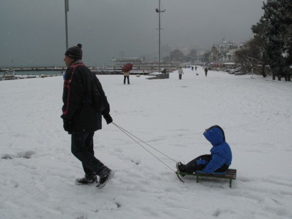 Ялту опять засыпало снегом (ФОТО), фото-2