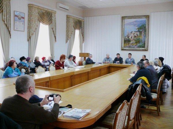 Ялтинцы утвердили городскую программу «Забота» (ФОТО), фото-1