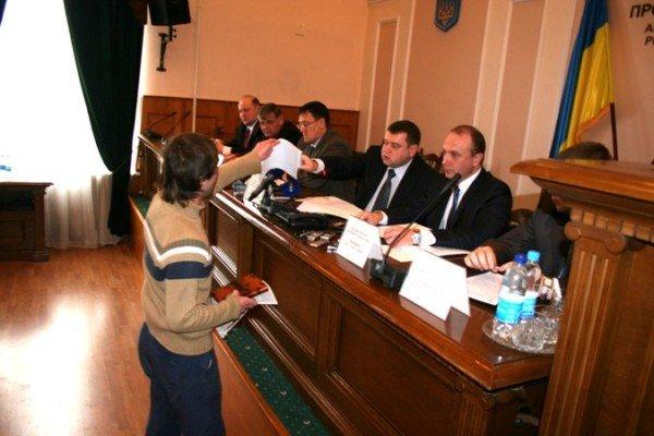 Симферопольскому журналисту угрожают расправой, фото-1