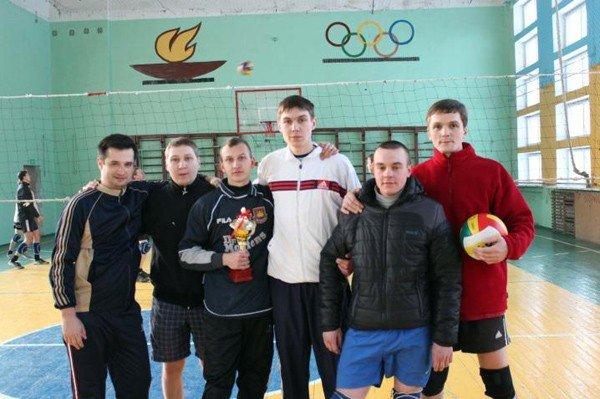В Горловке волейбольная команда «Виталис» «сделала» «РУЭК», фото-1