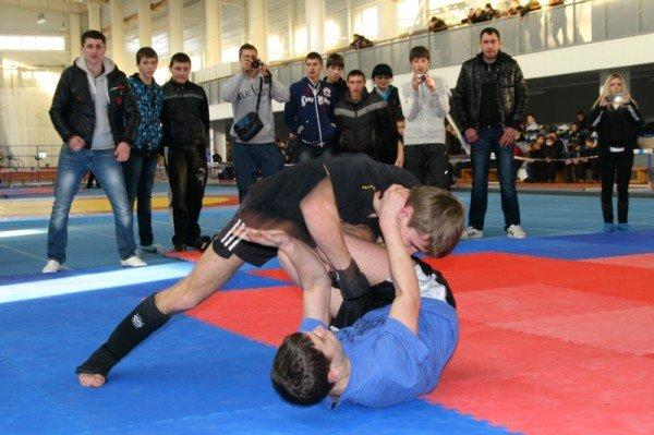 На турнире в Артемовске дети бились по-взрослому: восемь участников попали в травматологию, фото-9