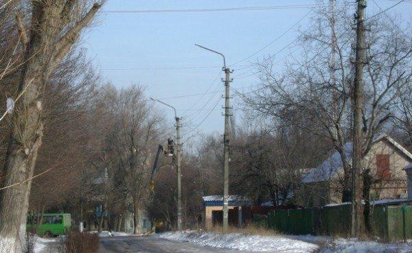 В темных переулках Днепродзержинска появились фонари (ФОТО), фото-1