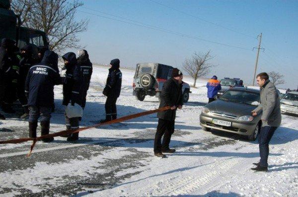 В Крыму за сутки в заносах застряли три роженицы (фото), фото-3