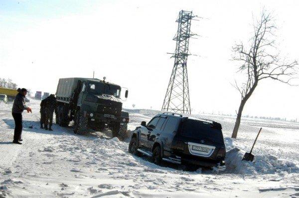 В Крыму за сутки в заносах застряли три роженицы (фото), фото-4