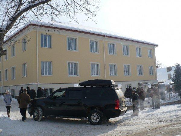 Фірташ приїхав на Тернопільщину кортежем у понад півмільйона доларів (фото), фото-2