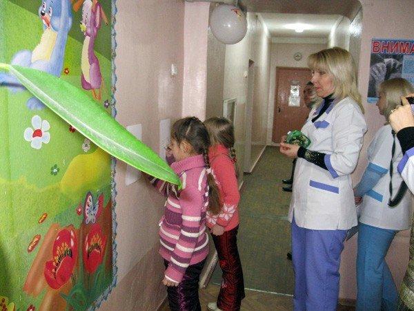 День стоматолога врачи превратили для детей в увлекательный праздник, фото-4