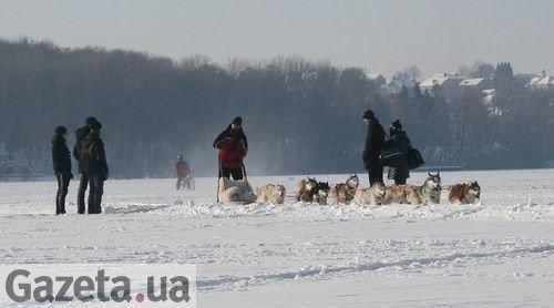 Хулігани ледь не зірвали центральний захід Свята Зими в Тернополі, фото-7