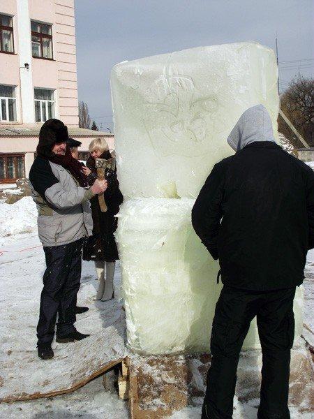 Возле памятника Петру Горлову скоро «Два сердца сольются воедино», фото-3