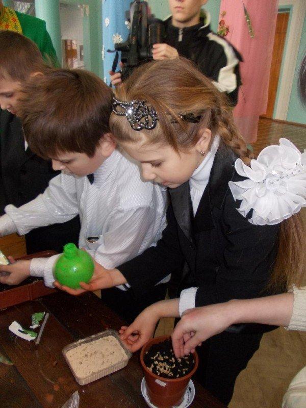 Артемовские школьники посеяли пшеницу и выпустили жаворонков, фото-8