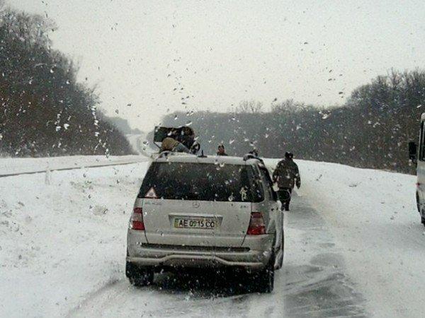 Під Тернополем перевернулась автівка (фото), фото-2