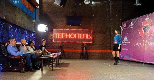 Влад Яма та інші зірки відібрали  претенденток на «Міс Галичина 2012» у Тернополі (фото, відео), фото-3