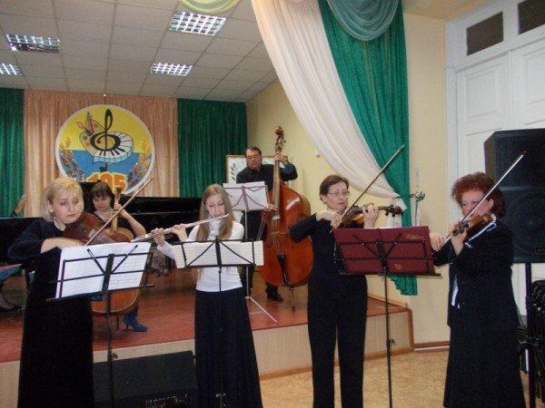 Артемовск: в Школе искусств учат концертному мастерству, фото-4