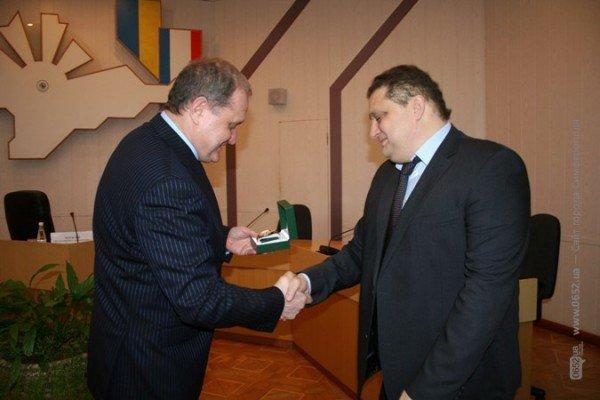 Могилев подарил часы опальному бизнесмену Бейму (фото), фото-2