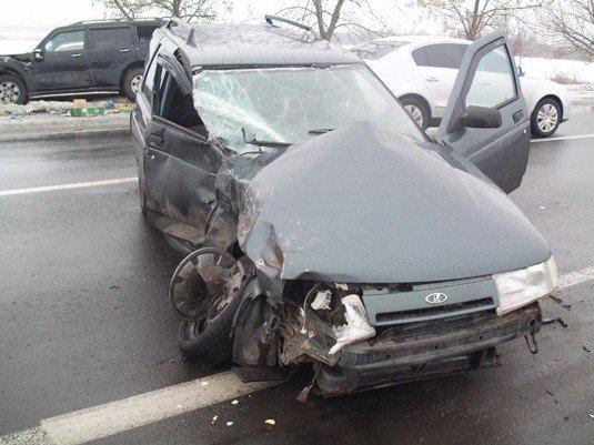 Біля Ужгородв ВАЗ зіткнувся з Mitsubishi Pajero (ФОТО), фото-2