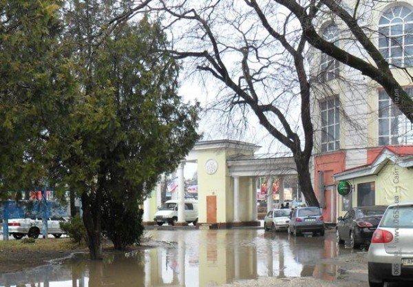 Центр Симферополя уходит под воду (фото), фото-6