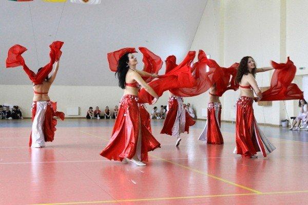В Чемпионате Кривого Рога по восточным танцам победила команда «Роксолана» (ФОТО), фото-1