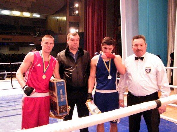 Успех горловских боксёров: три чемпионских титула в Чемпионате Донецкой области, фото-4