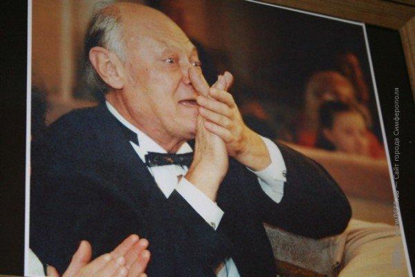 В Симферополе нарисовали музыку знаменитого крымского композитора (фото), фото-9