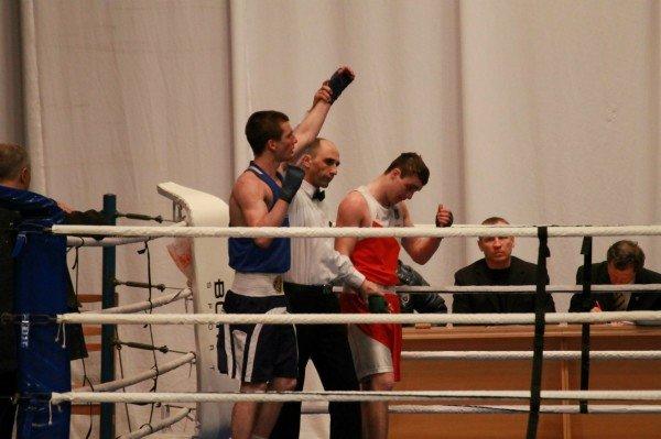 Артемовский боксер стал чемпионом области среди взрослых (ВИДЕО), фото-1