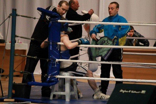Артемовский боксер стал чемпионом области среди взрослых (ВИДЕО), фото-3