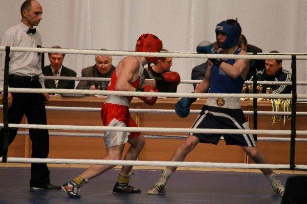 Артемовский боксер стал чемпионом области среди взрослых (ВИДЕО), фото-2
