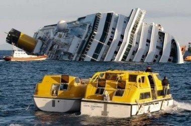 Украинских пассажиров «Costa Concordia» спасла… SMS-ка, фото-1