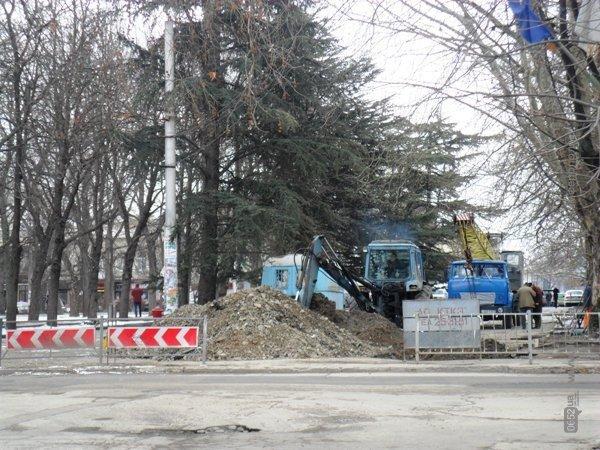 В Симферополе копают под Верховной Радой Крыма (фото), фото-1