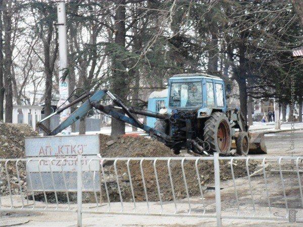 В Симферополе копают под Верховной Радой Крыма (фото), фото-2
