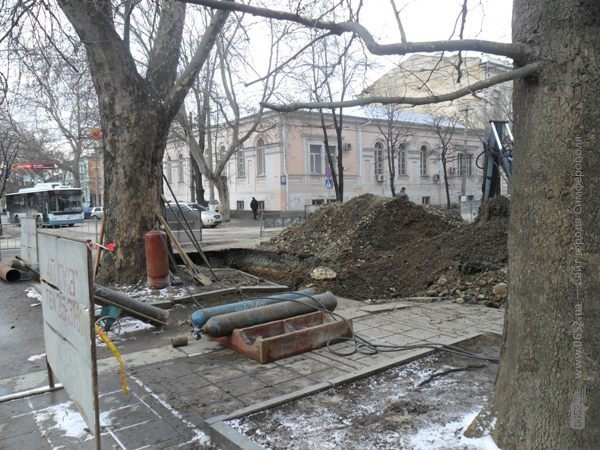 В Симферополе копают под Верховной Радой Крыма (фото), фото-4