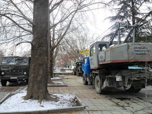 В Симферополе копают под Верховной Радой Крыма (фото), фото-5