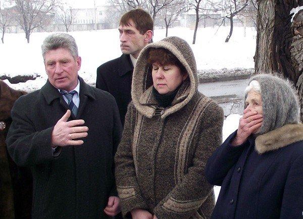 Игорь Шкиря вновь посетил Горловку. На этот раз его внимание привлек памятник погибшим во время ВОВ на Румянцево, фото-1