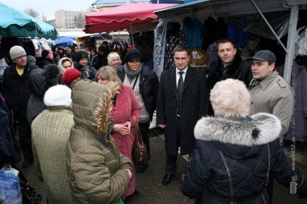 Власти Симферополя не могут справиться со стихийщиками на Центральном рынке (фото), фото-3