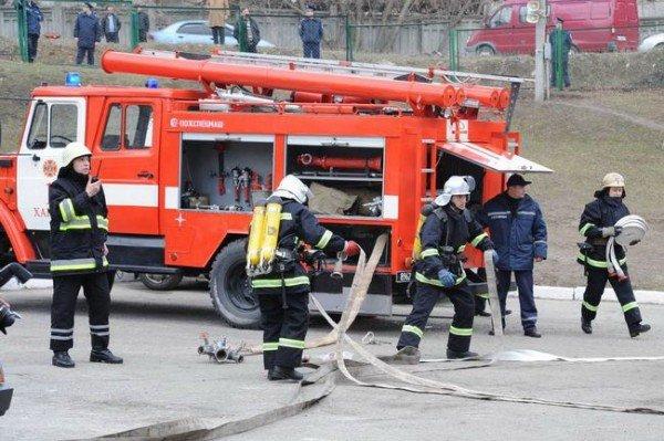 На пожаре в Харькове эвакуированы 40 человек, фото-1